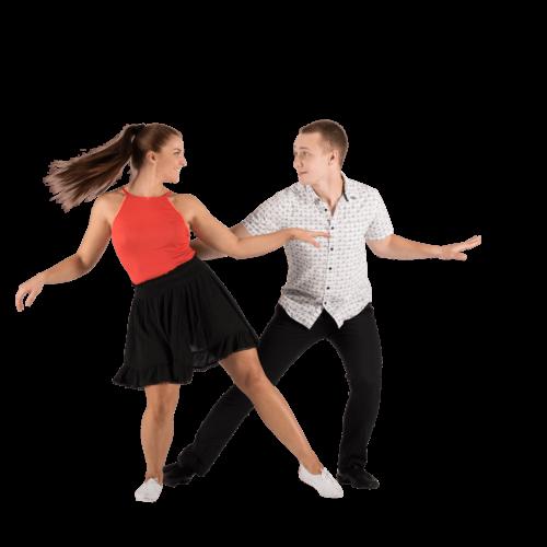 Nainen ja mies tanssii paritansseja
